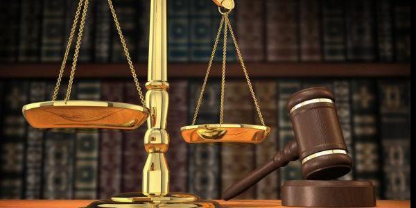 Selon la Cour, la copropriété ne peut pas mettre à la charge d'un copropriétaire l'augmentation des primes d'assurances de l'immeuble, même si c'est lui qui en est la cause.