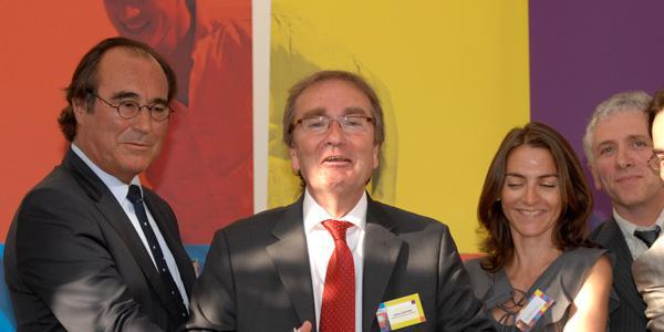 Au centre, Gilbert Ganivenq, le Président de Proméo, lance le projet des maisons à 150 000 euros.