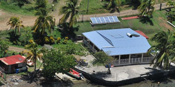 Pour mesurer l'enjeu, le rapport sur la loi de 1996 mettait en avant les chiffres de 12.000 cas d'occupation sans titre en Guadeloupe