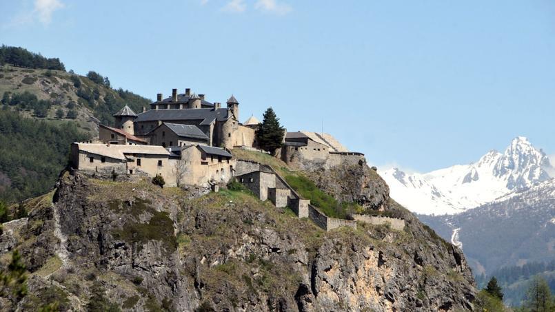 La mise aux enchères de ce fort historique cache une mauvaise surprise !