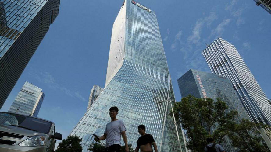 Le promoteur immobilier chinois Evergrande évite de justesse un défaut de paiement